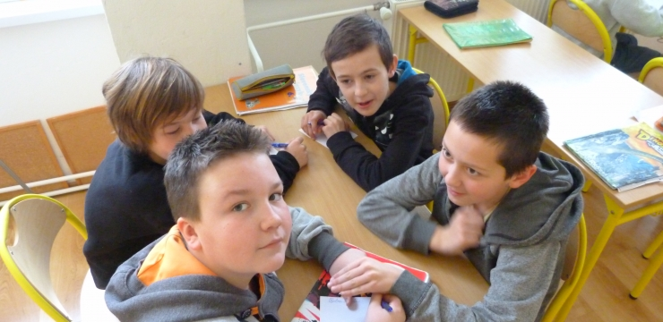 Ako môžeme v škole hovoriť s deťmi o závislosti na mobiloch
