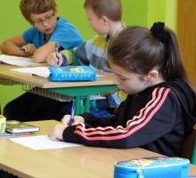 Ako utíšiť mladších žiakov?